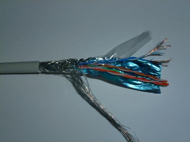 Kabl SFTP kat. 5e licnasti